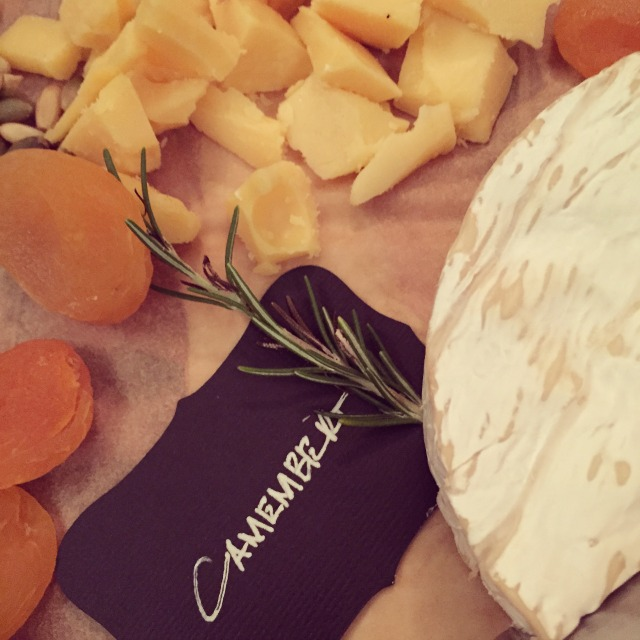 halloween-party-camembert