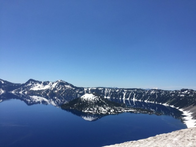 crater-lake-2017-lizellegreen